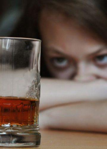 Jak rozpoznać alkoholizmu kobiet?